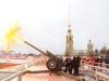 Выстрел из пушки Петропавловской крепости
